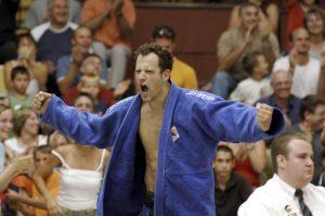 Michael Görgen freut sich brüllend über Judo-Sieg