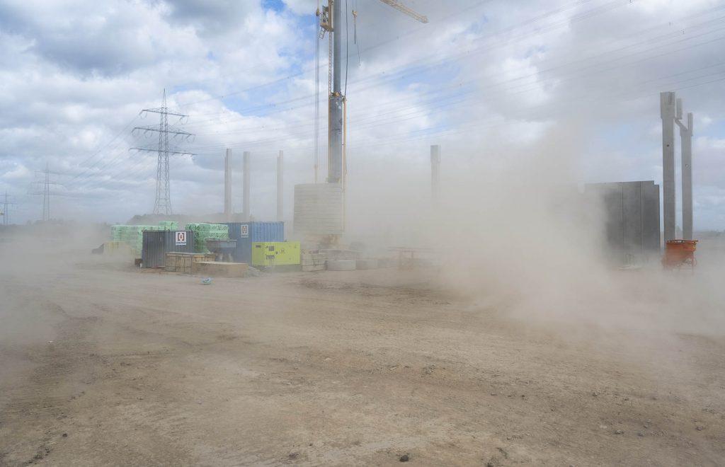 Sandsturm auf der Baustelle